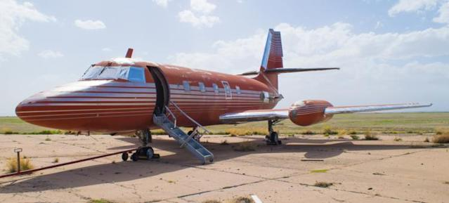 """<p>The 1962 Lockheed Jetstar was owned by Elvis along with his father, Vernon Presley. No doubt, you <a href=""""https://www.youtube.com/watch?v=vGJTaP6anOU"""" rel=""""nofollow noopener"""" target=""""_blank"""" data-ylk=""""slk:can't help falling in love"""" class=""""link rapid-noclick-resp"""">can't help falling in love</a> with it. </p>"""