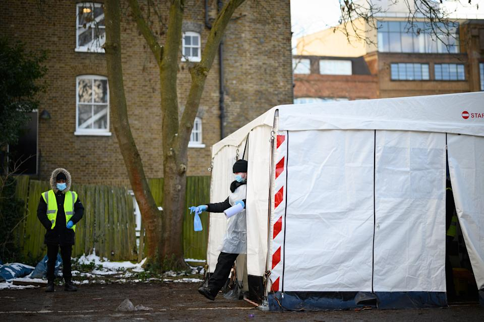 A mobile test centre in London. (Photo: Leon Neal via Getty Images)