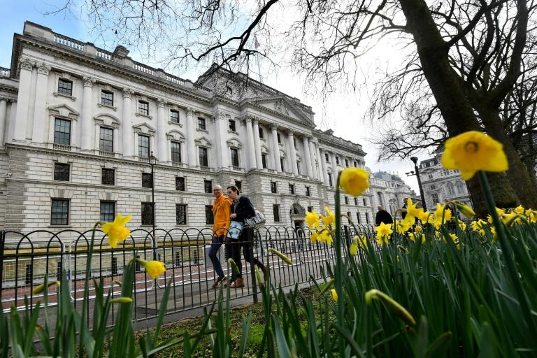 UK urged to do more to open up tax havens to public scrutiny
