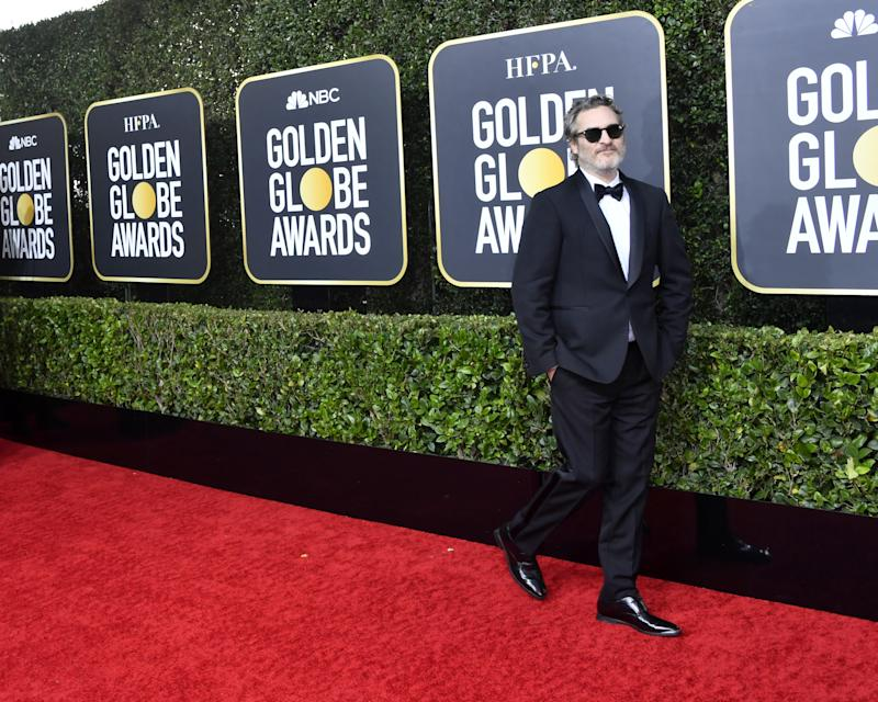 """Joaquin Phoenix Is Just Wearing This Tux for Awards Season to """"Reduce Waste"""""""