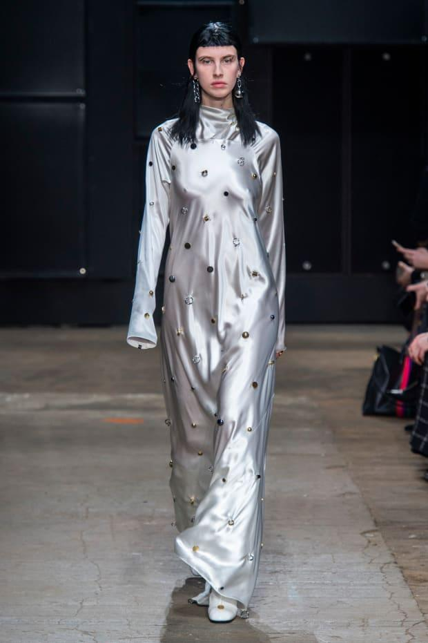 <p>A look from the Marni Fall 2019 collection. Photo: Imaxtree</p>