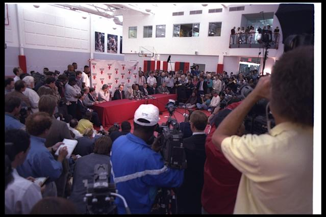 Michael Jordan announces his retirement during a news conference in Chicago, Illinois, in 1993. (Jonathan Daniel /Allsport)