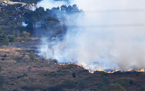 Wildfires rage across Ilkley Moor in West Yorkshire - Credit: REX