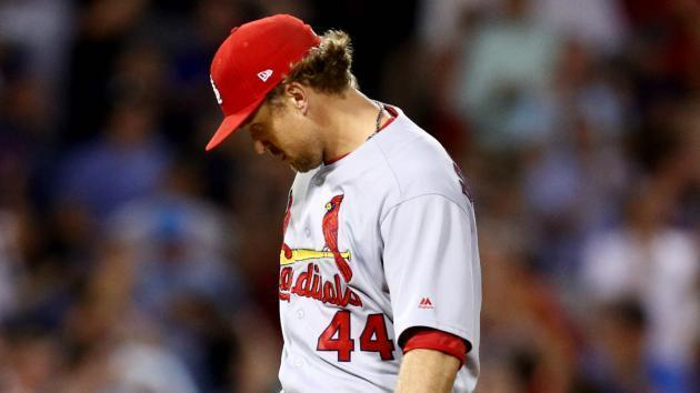 Season over for Cardinals closer Rosenthal, who needs Tommy John surgery