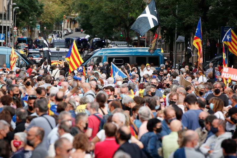 People demonstrate following the arrest of former Catalan government head Puigdemont