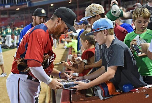 Want to get autographs? Try the minor leagues. (Getty Images/Peter Aiken)