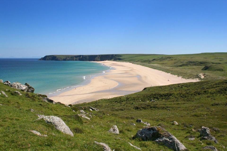 "<p>Often regarded as the best beach on the Isle Of Lewis, Scotland, Tolsta has a lot to shout about. Its white sandy shores are a haven for surfer, thanks to the impressive swell, and the long stretches of sand dune offer scenic walks. </p><p><a class=""link rapid-noclick-resp"" href=""https://go.redirectingat.com?id=127X1599956&url=https%3A%2F%2Fwww.booking.com%2Findex.en-gb.html%3Flabel%3Dgen173nr-1BCAEoggI46AdIM1gEaFCIAQGYAQm4AQfIAQzYAQHoAQGIAgGoAgO4AoaD8PkFwAIB0gIkMjllNzUwZjMtNzJjNi00ZmQxLTlmZTYtNjljZDNkZGUzNGZm2AIF4AIB%26sid%3Dd557a040829a867b722f4b6cf8934591%26keep_landing%3D1%26sb_price_type%3Dtotal&sref=https%3A%2F%2Fwww.cosmopolitan.com%2Fuk%2Fentertainment%2Ftravel%2Fg4958%2Fbest-beaches-in-uk%2F"" rel=""nofollow noopener"" target=""_blank"" data-ylk=""slk:FIND ACCOMMODATION"">FIND ACCOMMODATION </a></p>"