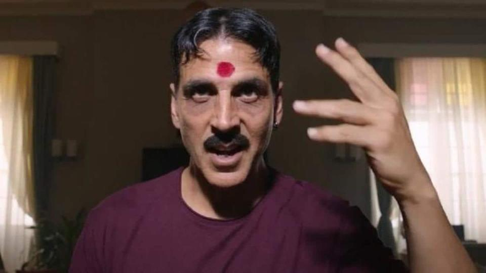 Why are Twitter users calling for ban on Akshay