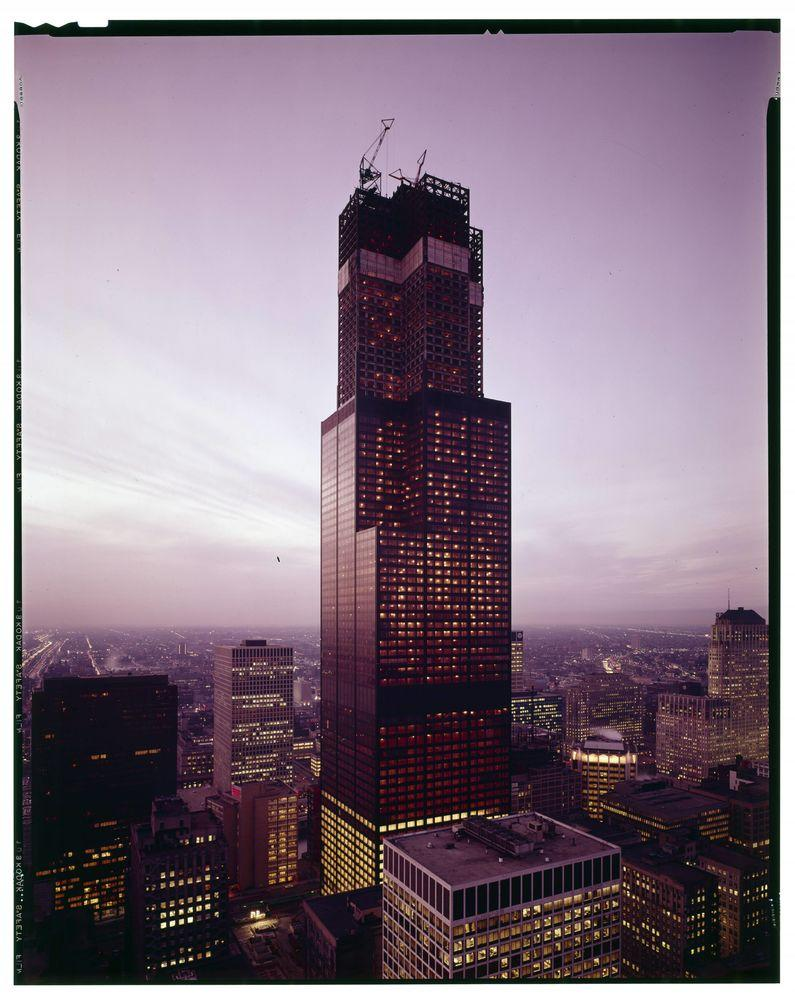 Exterior view of Sears Tower during its construction, Chicago, Illinois, circa 1972. (Photo by Hedrich-Blessing Collection/Chicago History Museum/Getty Images)