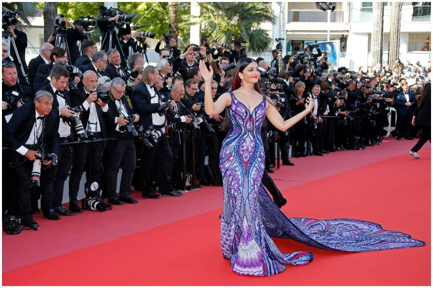 Aishwarya Rai Bachchan walked the red carpet for the premiere of Eva Husson's French drama 'Les filles du soleil,' starring Iranian actress Golshifteh Farahani. (Image: Reuters)