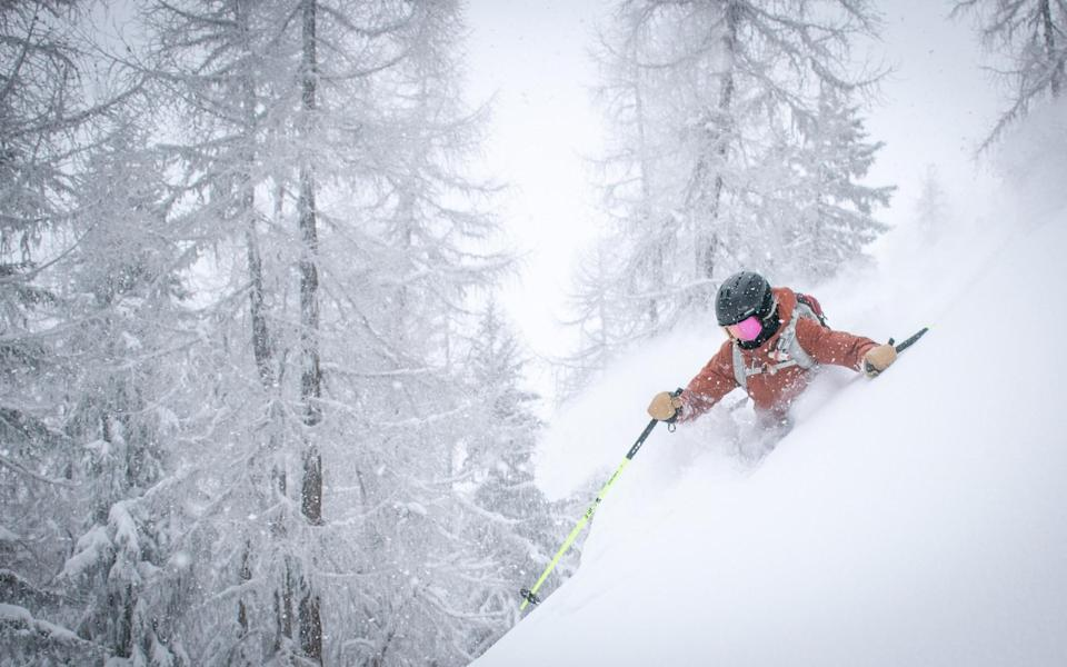 Heli-skiing in remotes spots across Europe with Ariodante - Alex Lange