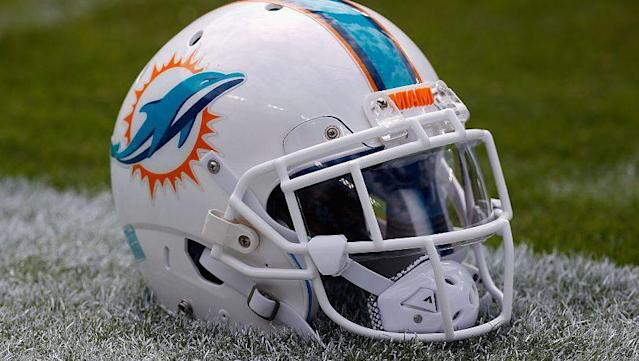 """The Dolphins donated $100,000 to the Stoneman Douglas victims' fund set up by the Broward County Education Fund, Adam Beasley of the Miami Herald reports. The team made two separate $50,000 donations, because that was the maximum donation. The Dolphins' donations pushed the fund over $1 million. """"Our hope is to encourage people to make [<a href=""""http://profootballtalk.nbcsports.com/2018/02/16/dolphins-donate-100000-to-victims-fund/"""" rel=""""nofollow noopener"""" target=""""_blank"""" data-ylk=""""slk:more"""" class=""""link rapid-noclick-resp"""">more</a>]"""