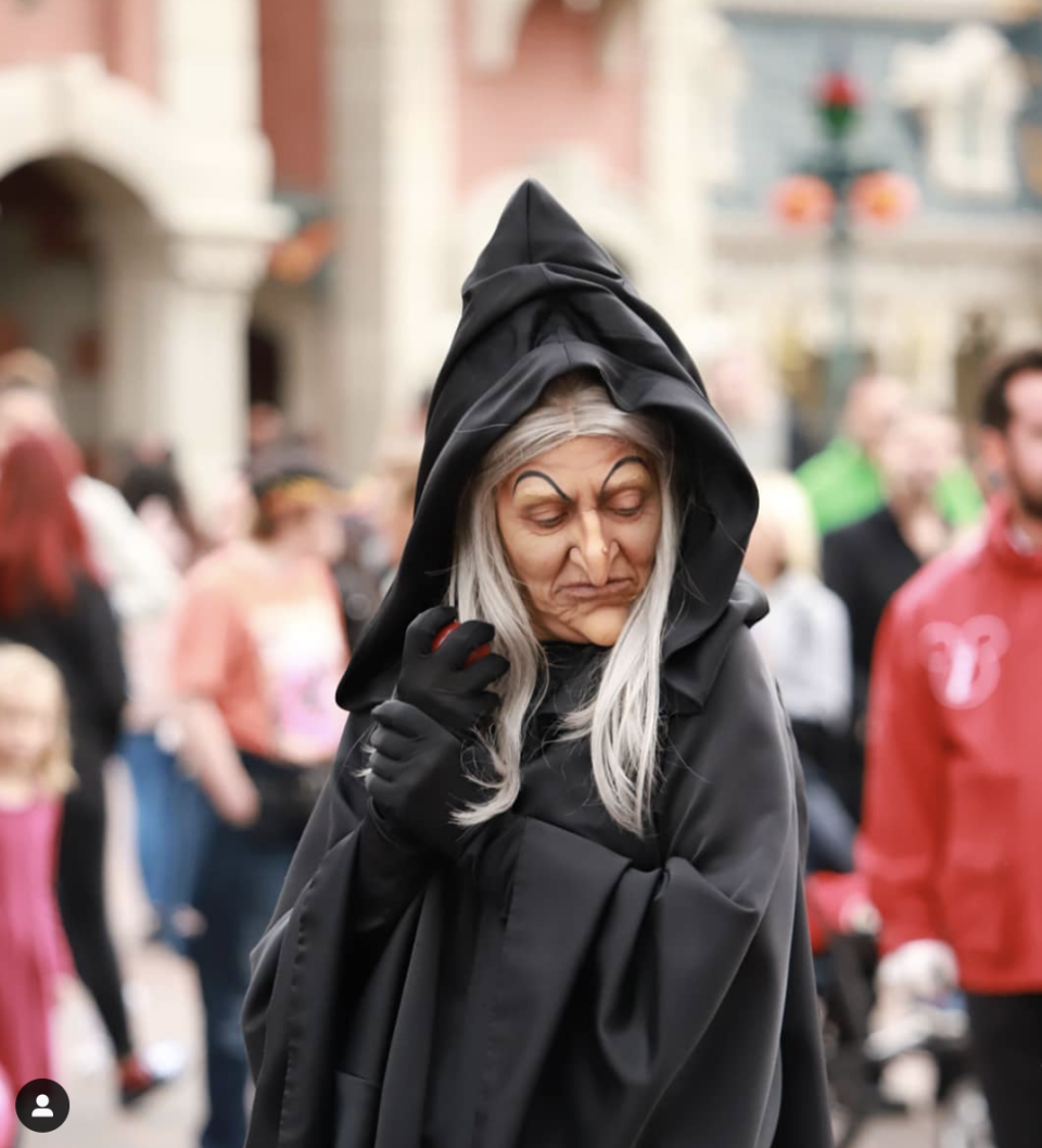 """<p>Embrace your inner villain by channeling the mean old witch from <em>Snow White</em>. Simply gather an all-encompassing black cape<em>, </em>a white wig, black gloves, and—of course—a ruby red apple. </p><p><a class=""""link rapid-noclick-resp"""" href=""""https://www.amazon.com/VGLOOK-Christmas-Halloween-Cosplay-Costumes/dp/B07256NTR3/?tag=syn-yahoo-20&ascsubtag=%5Bartid%7C10072.g.33534666%5Bsrc%7Cyahoo-us"""" rel=""""nofollow noopener"""" target=""""_blank"""" data-ylk=""""slk:SHOP CLOAK"""">SHOP CLOAK</a></p><p><a class=""""link rapid-noclick-resp"""" href=""""https://www.amazon.com/MapofBeauty-Curly-Costume-Cosplay-White/dp/B015CGFSQW?tag=syn-yahoo-20&ascsubtag=%5Bartid%7C10072.g.33534666%5Bsrc%7Cyahoo-us"""" rel=""""nofollow noopener"""" target=""""_blank"""" data-ylk=""""slk:SHOP WHITE WIG"""">SHOP WHITE WIG</a></p><p><a class=""""link rapid-noclick-resp"""" href=""""https://www.amazon.com/Parade-Gloves-Costume-Jewelry-Inspection/dp/B07QXN2PDH/?tag=syn-yahoo-20&ascsubtag=%5Bartid%7C10072.g.33534666%5Bsrc%7Cyahoo-us"""" rel=""""nofollow noopener"""" target=""""_blank"""" data-ylk=""""slk:SHOP GLOVES"""">SHOP GLOVES</a></p><p><a class=""""link rapid-noclick-resp"""" href=""""https://www.amazon.com/dp/B01LETJEC0/ref=dp_prsubs_3?tag=syn-yahoo-20&ascsubtag=%5Bartid%7C10072.g.33534666%5Bsrc%7Cyahoo-us"""" rel=""""nofollow noopener"""" target=""""_blank"""" data-ylk=""""slk:SHOP APPLE"""">SHOP APPLE</a></p>"""
