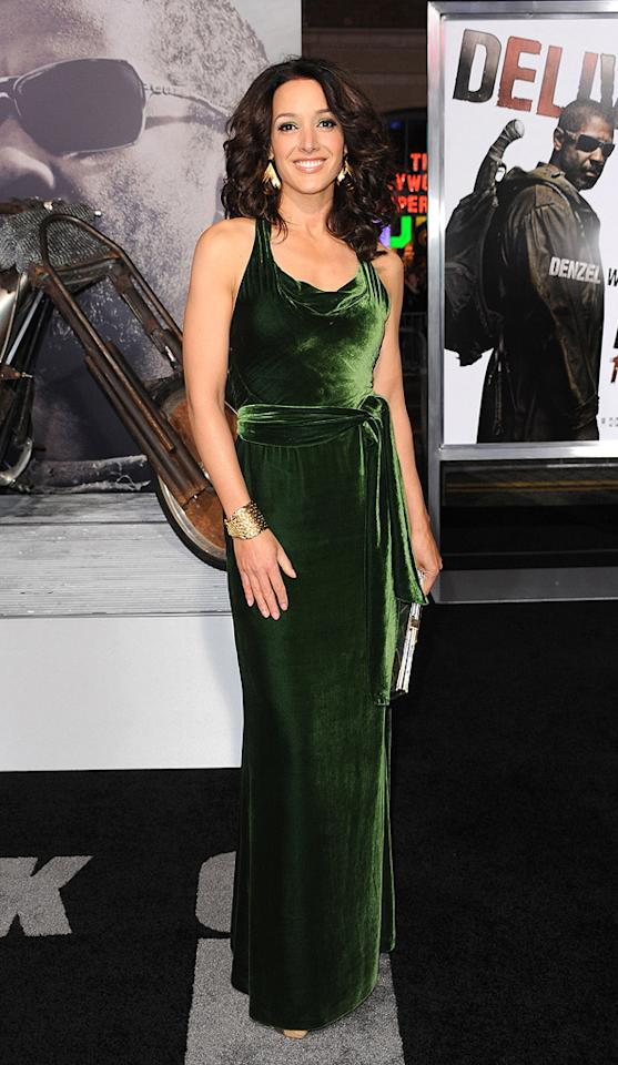 """<a href=""""http://movies.yahoo.com/movie/contributor/1800025731"""">Jennifer Beals</a> at the Los Angeles premiere of <a href=""""http://movies.yahoo.com/movie/1810067275/info"""">The Book of Eli</a> - 01/11/2010"""