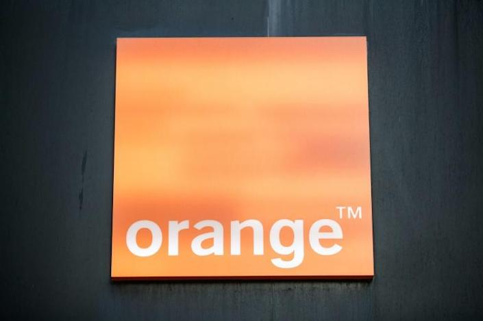 France's Orange went with Nokia and Ericsson (AFP Photo/Sameer Al-DOUMY)