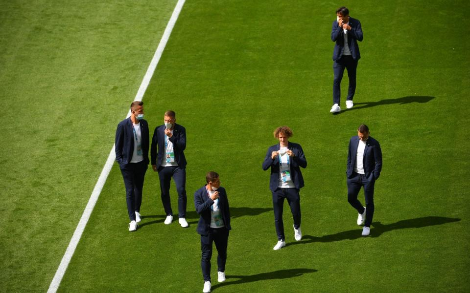 Czech Republic players inspect the pitch prior to the UEFA EURO 2020 group D preliminary round soccer match between Croatia and the Czech Republic in Glasgow, Britain, 18 June 2021. Group D Croatia vs Czech Republic, Glasgow, United Kingdom - Andy Buchanan/POOL/EPA-EFE/Shutterstock
