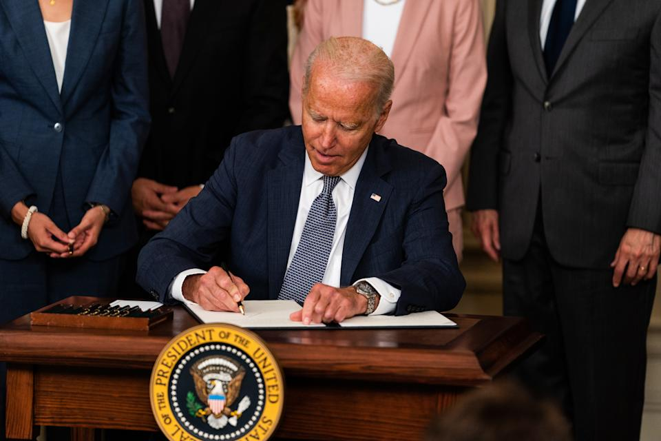 WASHINGTON, DC  July 9, 2021:  US President Joe Biden delivers remarks and signs an executive order on promoting competition in the American economy in the State Dining Room of the White House on July 9, 2021.  (Photo by Demetrius Freeman/The Washington Post via Getty Images)