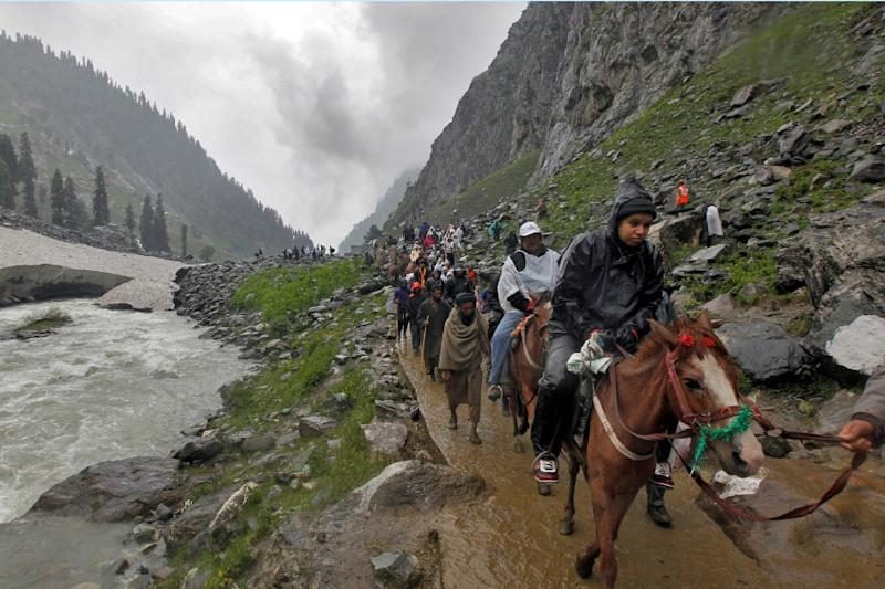Coronavirus LIVE Updates: Amarnath Yatra 2020 Turns Virtual as Pilgrimage Cancelled, Aarti to be Telecast; No Lockdown in Bengaluru from Tomorrow