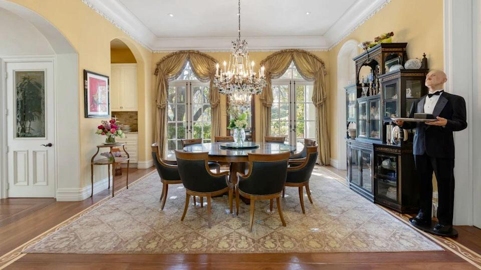 Gene Simmons home 1 Gene Simmons Selling Longtime Mansion to Escape Unacceptable California Taxes