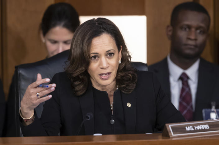 "<span class=""s1"">Sen. Kamala Harris, D-Calif., questions Brett Kavanaugh on Sept. 6. (Photo: J. Scott Applewhite/AP)</span>"