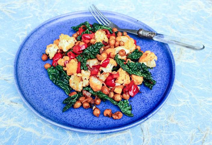 """<p>Throw together a tin of chickpeas, veg and spices and cook together with tomato passata for <a href=""""http://eatlikeagirl.com/spiced-chickpeas-cauliflower-red-pepper-kale-recipe/"""" rel=""""nofollow noopener"""" target=""""_blank"""" data-ylk=""""slk:this brightly coloured, uber healthy dish"""" class=""""link rapid-noclick-resp"""">this brightly coloured, uber healthy dish </a>that can be microwaved at work the following day. <i>[Photo: Eat Like a Girl]</i></p>"""