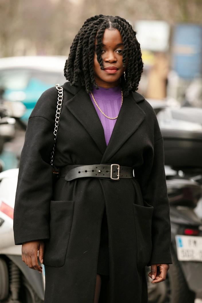 """PSA: Senegalese twists look great on long hair, but they work just as well on a chin-length bob. <span class=""""copyright"""">Photographed by Hannan Saleh.</span>"""
