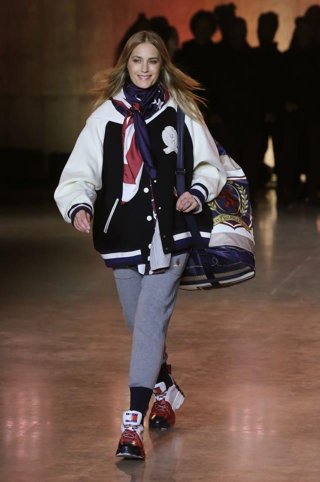 Tommy Hilfiger Catwalk – London Fashion Week February 2020
