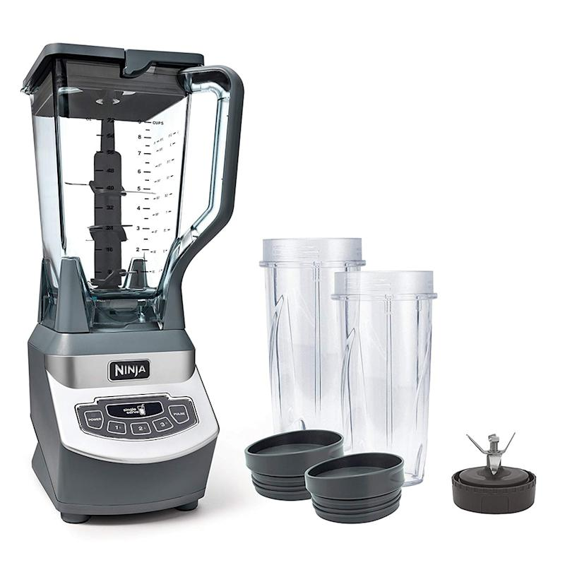 Ninja Professional Blender with 1100-Watt Base. (Photo: Amazon)