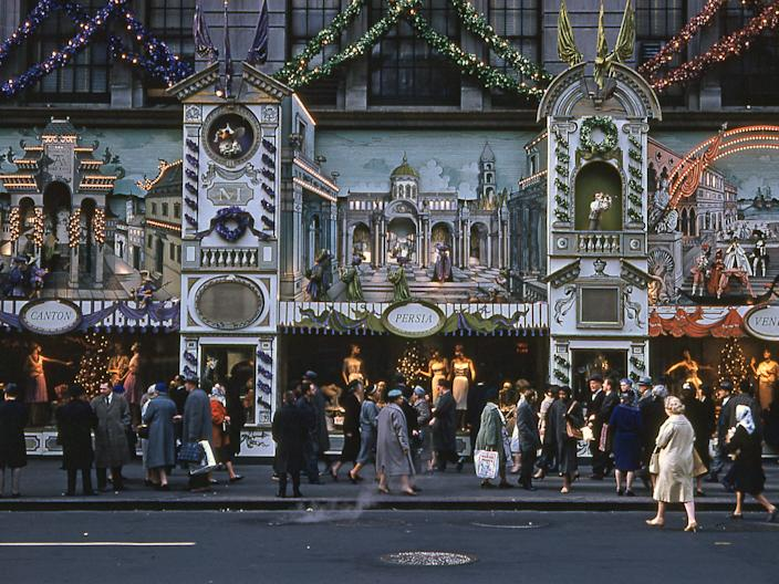 saks fifth ave nyc 1960 holiday window