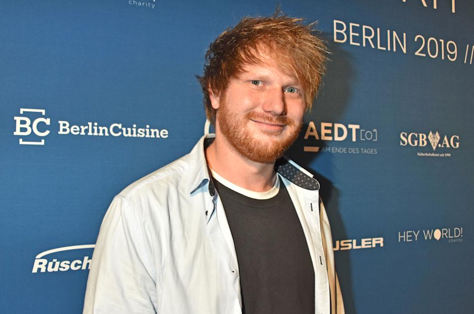 """BERLIN, GERMANY - NOVEMBER 11: Nic (Ed Sheeran double) during the """"Hey World"""" charity gala at Metropolis on November 11, 2019 in Berlin, Germany. (Photo by Tristar Media/Getty Images)"""