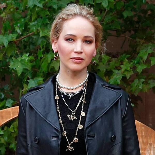 """Jennifer Lawrence Clarifies Her Voting Record After Saying She Grew Up a """"Little Republican"""""""