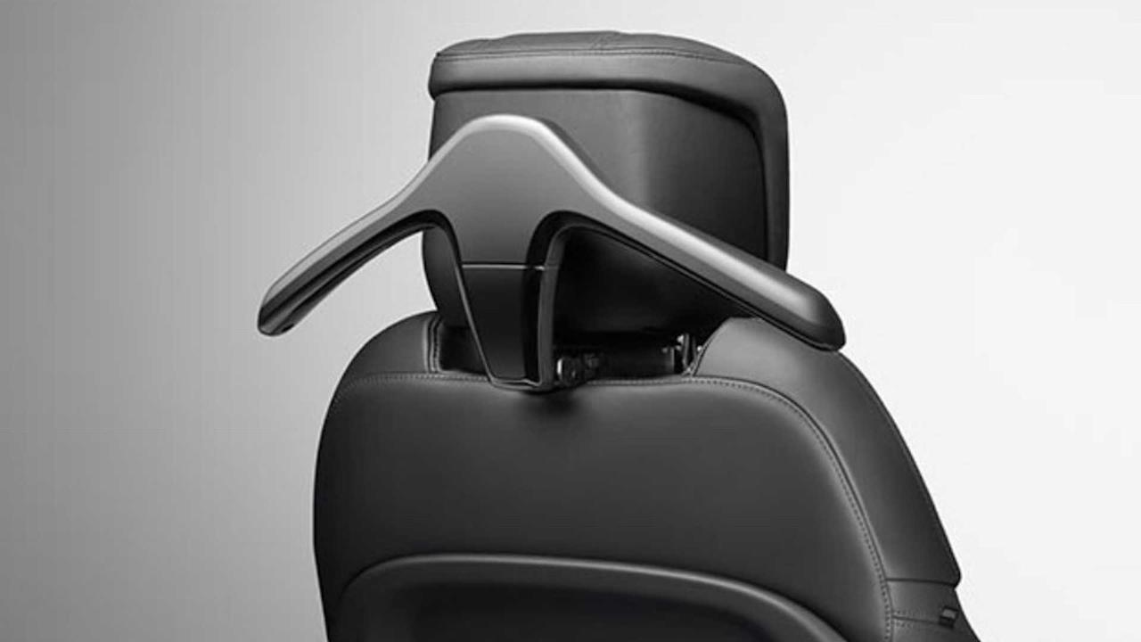 """<p><strong>£74</strong></p> <p>Adding to the Defender's impressive capabilities on the outside, the Rear-Seat Convenience pack makes things even easier for passengers. The £74 option adds a click-and-go hook and a click-and-go hanger to the back of the front seat. Either keep your three piece suit clean while off-roading, or hang up muddy clothes instead.</p><h2>The lovely Land Rover Defender:</h2><ul><li><a href=""""https://uk.motor1.com/news/369830/2020-land-rover-defender-debut-new-frankfurt/?utm_campaign=yahoo-feed"""">2020 Land Rover Defender debuts with new tech, old charm</a></li><br><li><a href=""""https://uk.motor1.com/news/369957/land-rover-defender-pricing/?utm_campaign=yahoo-feed"""">New Land Rover Defender pricing announced</a></li><br></ul>"""