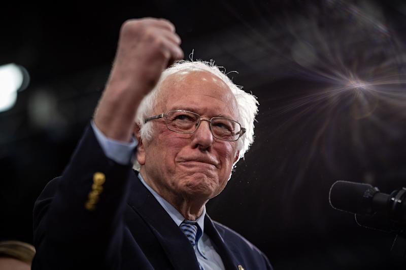 Sen. Bernie Sanders (I-Vt.) addresses supporters in Manchester, New Hampshire, on Tuesday. The narrowness of his win there has spooked some supporters. (Photo: Salwan Georges/The Washington Post/Getty Images)