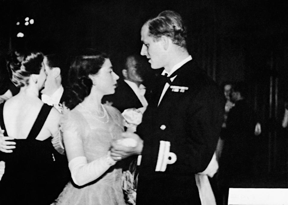 <p>The future queen danced with her fiancé for the first time in public at a ball in Edinburgh, Scotland on July 15, 1947. Photo: Getty Images.</p>