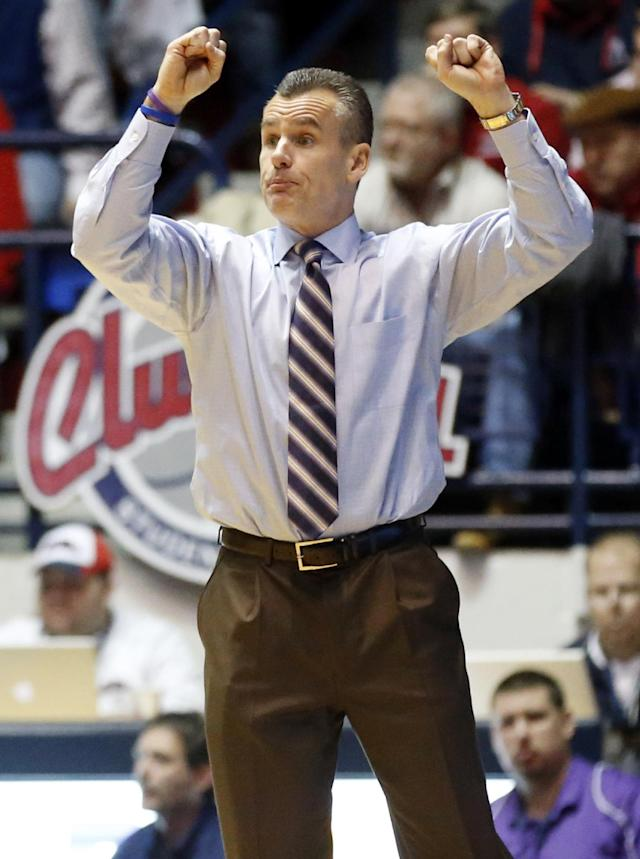 Florida basketball coach Billy Donovan shouts at his players in the second half of an NCAA college basketball game against Mississippi in Oxford, Miss., Saturday, Feb. 22, 2014. Florida won 75-71. (AP Photo/Rogelio V. Solis)