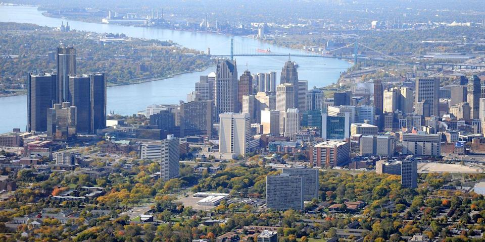 """<p><strong>Best Comeback City</strong></p><p>The Motor City is revving back to life with new infrastructure projects, stylish boutique hotels in renovated historic buildings, including the new <a href=""""https://www.shinolahotel.com/"""" rel=""""nofollow noopener"""" target=""""_blank"""" data-ylk=""""slk:Shinola Hotel"""" class=""""link rapid-noclick-resp"""">Shinola Hotel</a>, craft breweries, and buzzy restaurants, such as <a href=""""https://go.redirectingat.com?id=74968X1596630&url=https%3A%2F%2Fwww.tripadvisor.com%2FRestaurant_Review-g42139-d12491184-Reviews-The_Apparatus_Room-Detroit_Michigan.html&sref=https%3A%2F%2Fwww.countryliving.com%2Flife%2Fg37186621%2Fbest-places-to-experience-and-visit-in-the-usa%2F"""" rel=""""nofollow noopener"""" target=""""_blank"""" data-ylk=""""slk:The Apparatus Room"""" class=""""link rapid-noclick-resp"""">The Apparatus Room</a>, serving New American cuisine, and <a href=""""https://go.redirectingat.com?id=74968X1596630&url=https%3A%2F%2Fwww.tripadvisor.com%2FRestaurant_Review-g42139-d13286308-Reviews-Prime_Proper_Steakhouse-Detroit_Michigan.html&sref=https%3A%2F%2Fwww.countryliving.com%2Flife%2Fg37186621%2Fbest-places-to-experience-and-visit-in-the-usa%2F"""" rel=""""nofollow noopener"""" target=""""_blank"""" data-ylk=""""slk:Prime + Proper steakhouse"""" class=""""link rapid-noclick-resp"""">Prime + Proper steakhouse</a>.</p><p><strong><em>Where to Stay: </em></strong><a href=""""https://go.redirectingat.com?id=74968X1596630&url=https%3A%2F%2Fwww.tripadvisor.com%2FHotel_Review-g42139-d15558901-Reviews-The_Shinola_Hotel-Detroit_Michigan.html&sref=https%3A%2F%2Fwww.countryliving.com%2Flife%2Fg37186621%2Fbest-places-to-experience-and-visit-in-the-usa%2F"""" rel=""""nofollow noopener"""" target=""""_blank"""" data-ylk=""""slk:Shinola Hotel"""" class=""""link rapid-noclick-resp"""">Shinola Hotel</a>, <a href=""""https://go.redirectingat.com?id=74968X1596630&url=https%3A%2F%2Fwww.tripadvisor.com%2FHotel_Review-g42139-d12130393-Reviews-Detroit_Foundation_Hotel-Detroit_Michigan.html&sref=https%3A%2F%2Fwww.countryliving.com%2Flife%2Fg37186621%2Fbest-pl"""
