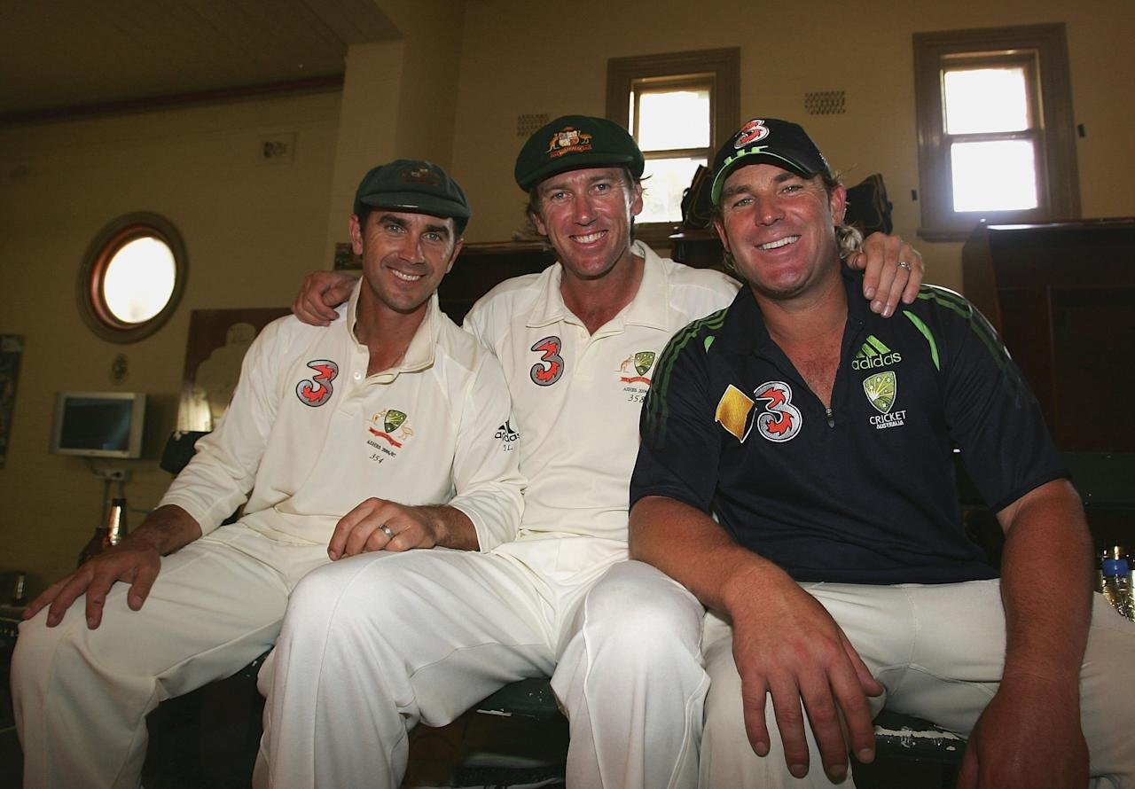 SYDNEY, AUSTRALIA - JANUARY 05:  (L-R) Justin Langer, Glenn McGrath and Shane Warne of Australia pose in the rooms  after day four of the fifth Ashes Test Match between Australia and England, at the Sydney Cricket Ground on January 5, 2007 in Sydney, Australia.  (Photo by Hamish Blair/Getty Images)