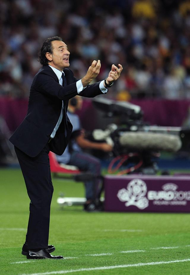 KIEV, UKRAINE - JULY 01: Head Coach Cesare Prandelli of Italy gestures from the touchline during the UEFA EURO 2012 final match between Spain and Italy at the Olympic Stadium on July 1, 2012 in Kiev, Ukraine. (Photo by Shaun Botterill/Getty Images)