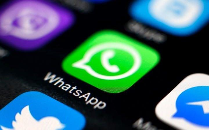 Occhio al cinto WhatsApp su Google Play Store oltre 50.000 download!