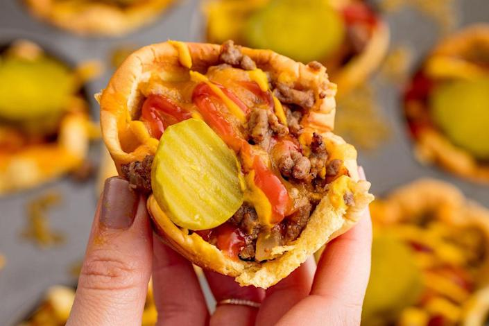 "<p>Officially the cutest way to eat a burger.</p><p>Get the recipe from <a href=""https://www.delish.com/cooking/recipe-ideas/recipes/a54351/cheeseburger-cups-recipe/"" rel=""nofollow noopener"" target=""_blank"" data-ylk=""slk:Delish"" class=""link rapid-noclick-resp"">Delish</a>.</p>"
