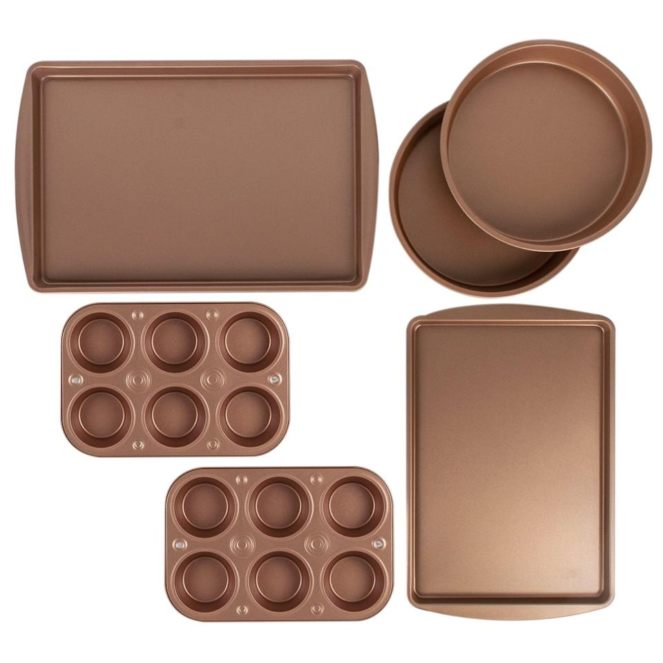<p>Get this pretty <span>BakerEze Copper Nonstick Bakeware Set</span> ($13, originally $20) for the baker in your life.</p>