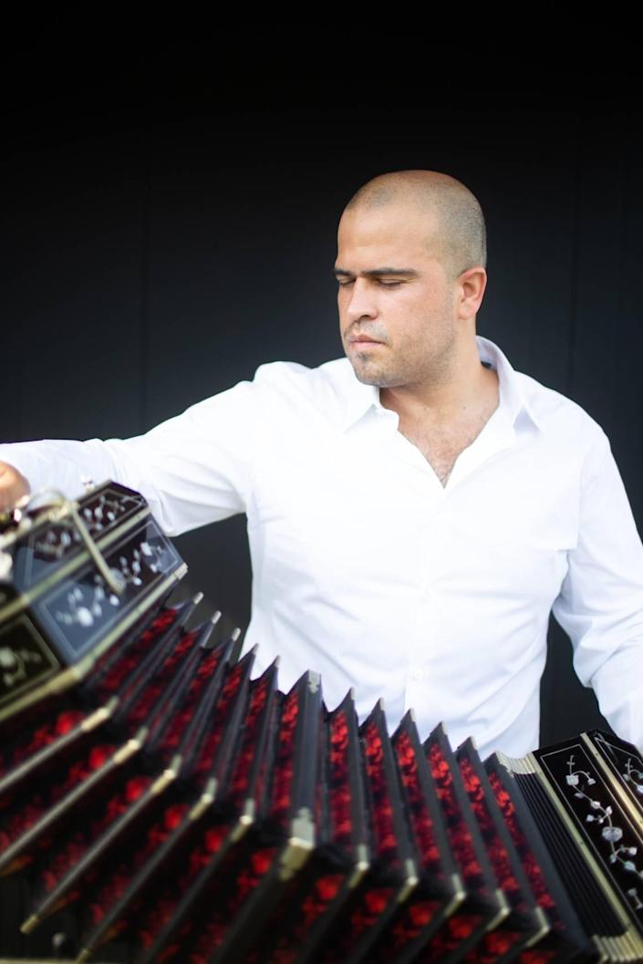 Award-winning bandoneon player Juan Pablo Jofre performs a tribute concert to Astor Piazzolla with Symphony of the Americas.
