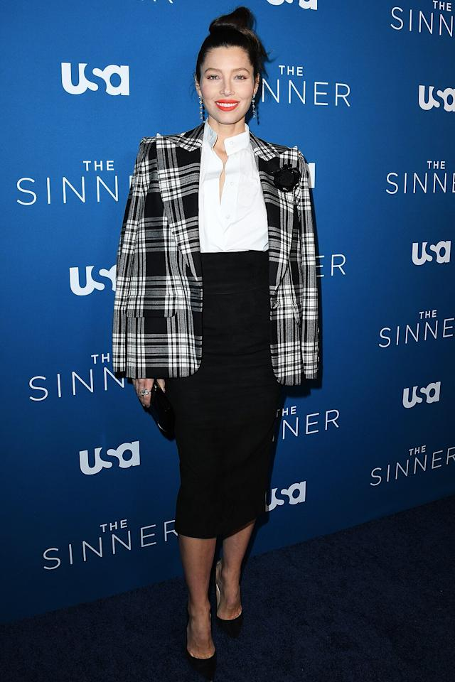in an Alexandre Vauthier plaid blazer, white button-down shirt and black pencil skirt, paired with black pumps at <em>The Sinner</em> season 3 premire.