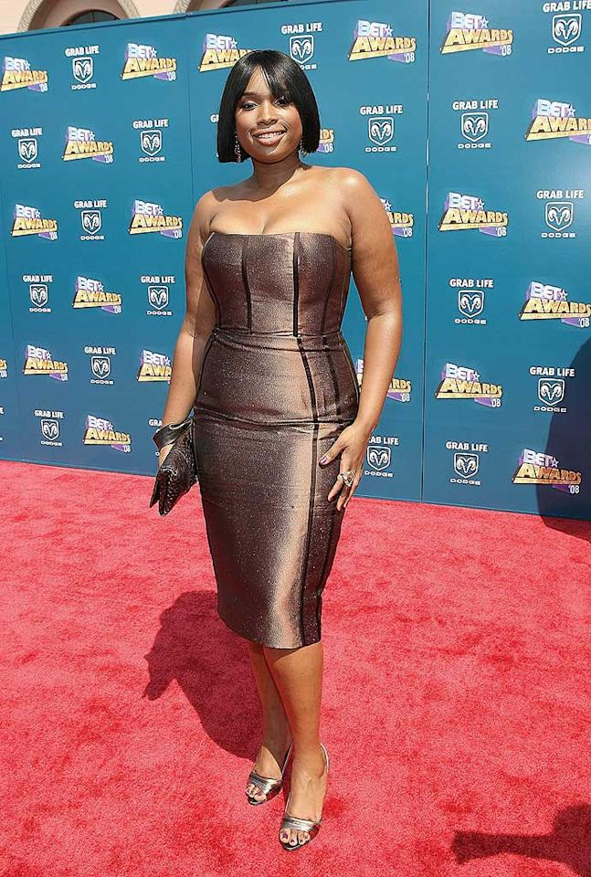 """We love us some J-Hud, but the Idol turned Dreamgirl truly disappointed in a strapless bronze bomb ... and don't get us started on that beastly bob. Maury Phillips/<a href=""""http://www.wireimage.com"""" target=""""new"""">WireImage.com</a> - June 24, 2008"""