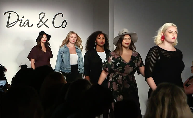 Curvy models populate the runway at theCURVYCon. (Photo: YahooStyle)