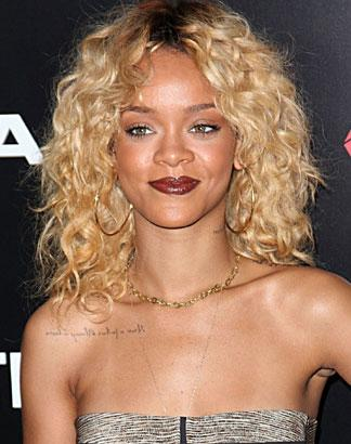 Magnificent Chris Browns Cameo On Rihannas Birthday Cake Remix Will Shock Personalised Birthday Cards Cominlily Jamesorg