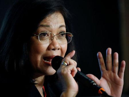 Judges, court employees call on Sereno to step down