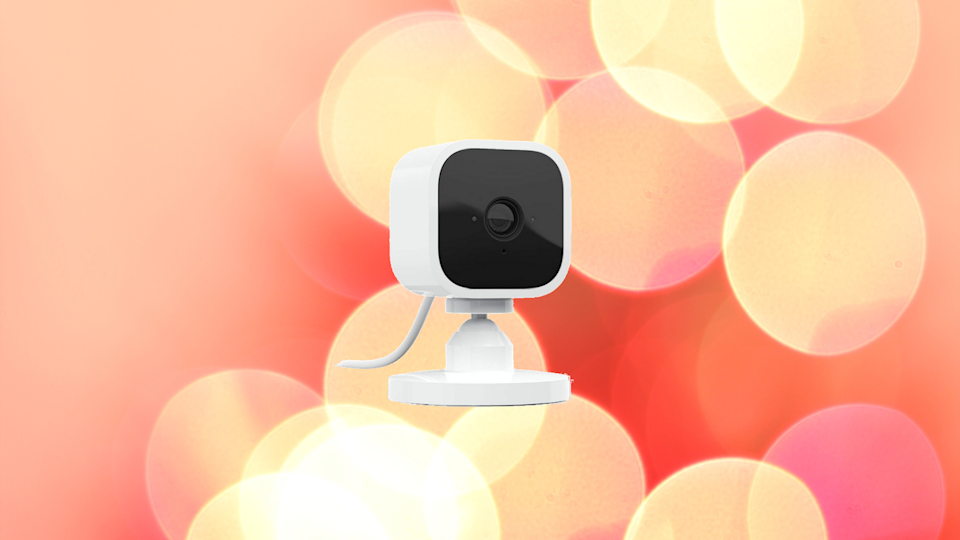 The Blink Mini HD security cam keeps an eye on your home. (Photo: Amazon)