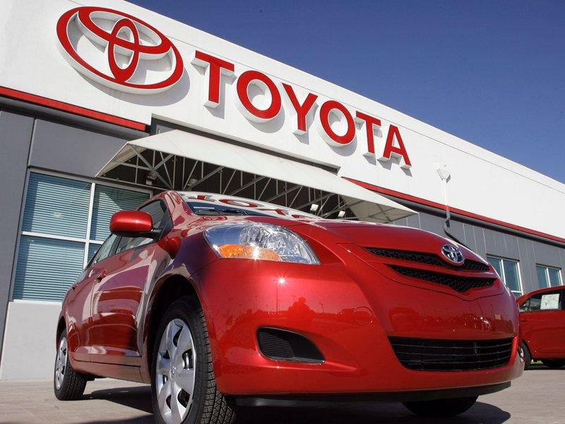 Toyota recalls 2.77 million vehicles
