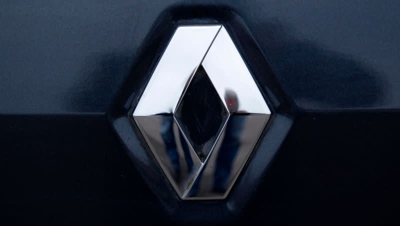 Renault expects slight 2020 car market decline in Europe, Russia and China